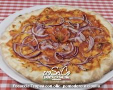 Focaccia Tropea con aceite, tomate y cebolla