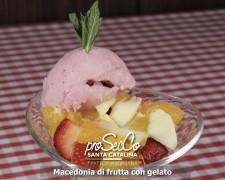 Macedonia de fruta con helado
